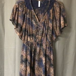 Small, Navy & Brown Flutter Short Sleeve Dress